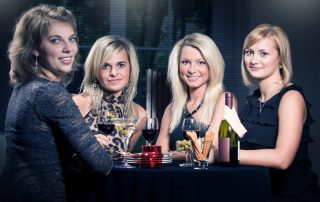 Women in restaurant, gynecological cancer