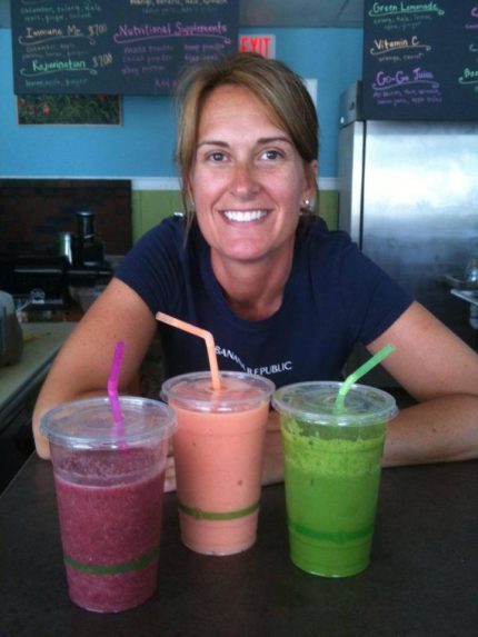 Peachy's Smoothie Cafe_Lisa Sharp