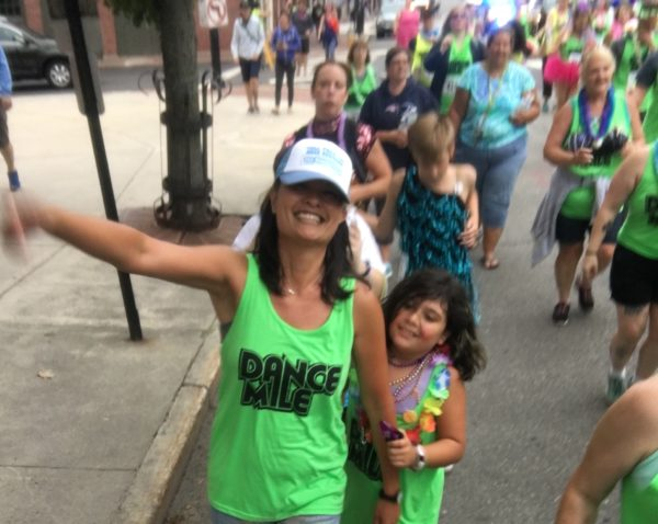 Jen Boggs and daughter Dance Mile 2018
