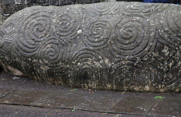 Newgrange spials